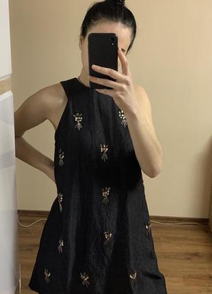 Крутое нарядное платье от topshop расшито камнями трапеция