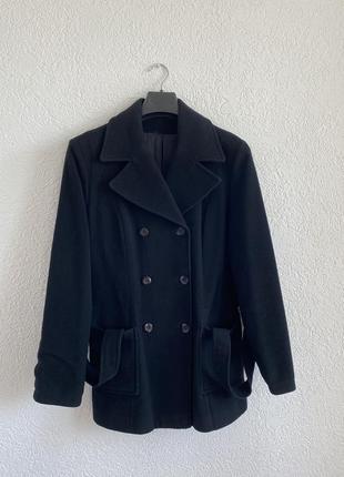 Пальто ,полупальто , двубортное