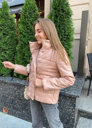 Очень стильная и тёплая куртка из эко-кожи, на синтепоне 200!!