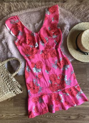 Платье с рюшами(42р)
