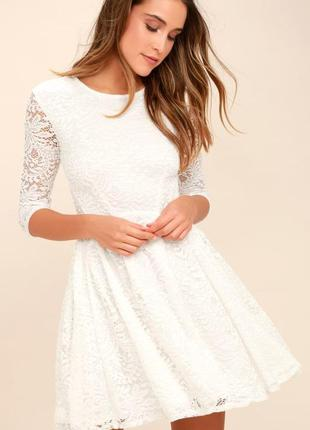 Сукня білого кольору із кружевами forever 21, біла сукня
