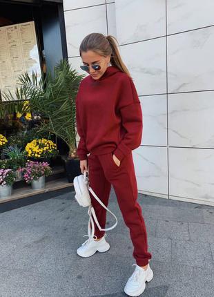 Женский бордовый спортивный костюм на флисе