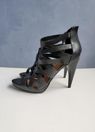 Женские черные крутые босоножки by ellos 37-38 размер