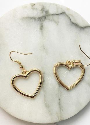 Серьги серёжки сердечка золотистые новые