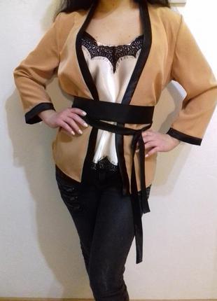 Красивейшее кимоно с поясом
