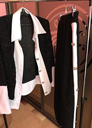 Шикарный костюм, пиджак ог-50, дл-60, брюки от-35, об-50, дл-100