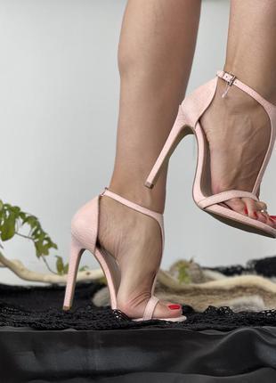 Босоножки на высоком каблуке, high heels