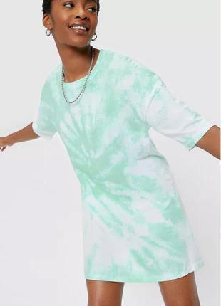 Nasty gal. англия. sale. платье футболка оверсайз в мятном принте тай дай.