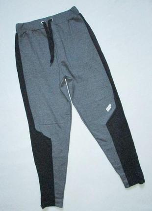 Классные теплые с начёсом трикотажные спортивные штаны высокая посадка my protein