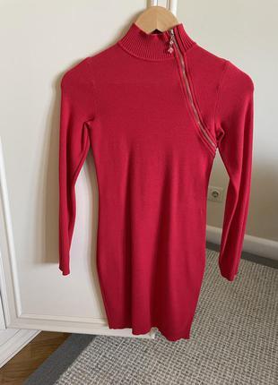 Красное платье гольф  love republic