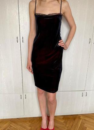 Велюрове плаття чорне бордове