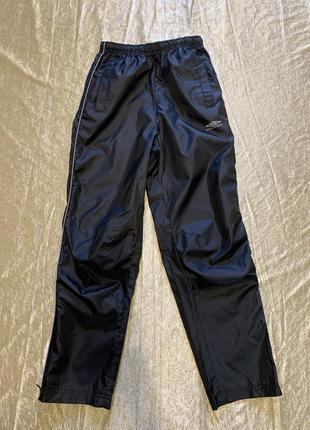Непромокающие штаны грязепруф дождевик umbro на 7-8 лет