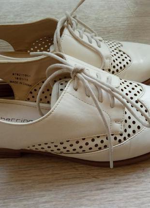 Туфли оксфорды с открытой пяткой в винтажном стиле