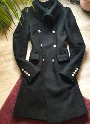 Zara пальто из шерсти c золотыми пуговицами