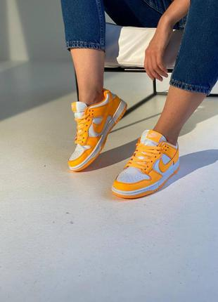 Женские кроссовки nike sb dunk low laser orange