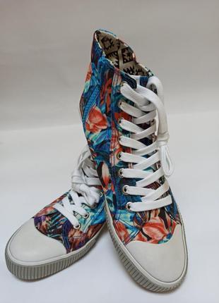 Esprit крутые кеды.брендовая обувь stock