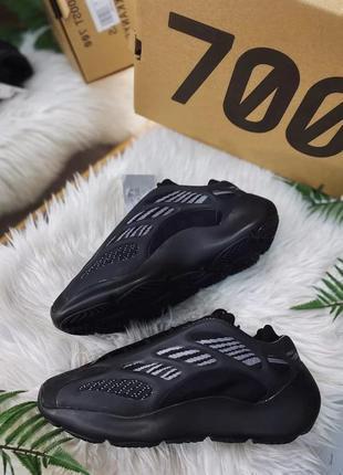 Мужские кроссовки yeezy 700 v3 black