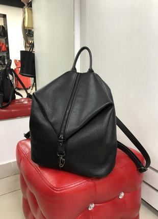 Шкіряний рюкзак стильний модний італія