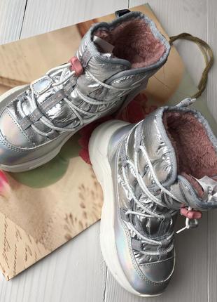 Ботинки h&m , супер качество и уют, сапоги, кроссовки