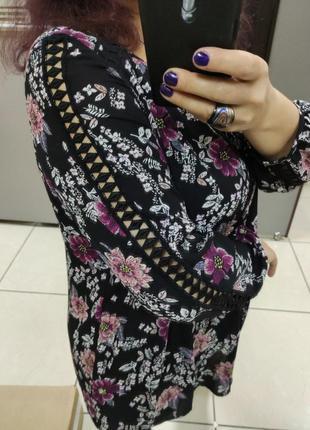 Шикарная блузочка.невесомая
