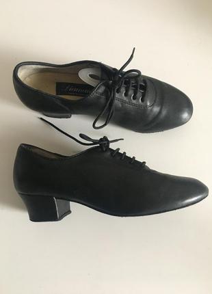 Кожаные туфли для танцев diamant 23.5см