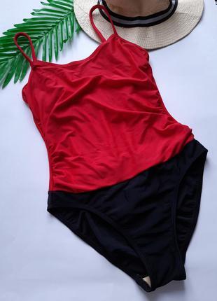 Красно черный сплошной моделирующий купальник с утяжкой живота