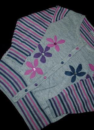 Кофта на пуговицах s / m шерсть узор розовый фиолетовый свитер цветной