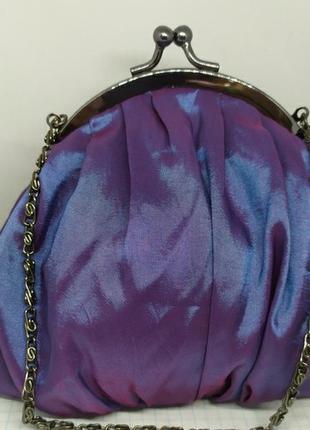 Вечерняя сумочка из тафты на цепочке. 16х15см без ручки. новая
