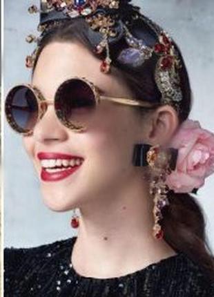 Солнцезащитные круглые  очки со стразами sinsey