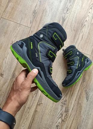 Оригінальні зимові черевики lowa gore-tex