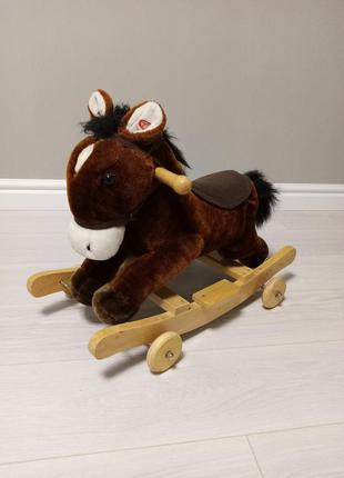 Толокар, качалка, музыкальная лошадка
