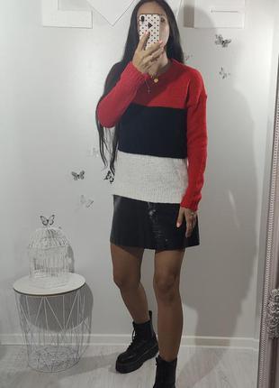 Трехцветный полосатый свитер select