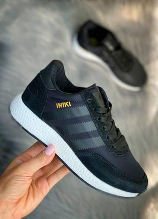 Adidas iniki кроссовки