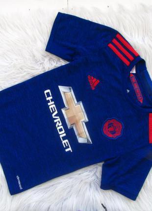 Стильная спортивная футболка manchester united adidas