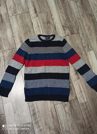 Продам теплый свитер, рост 146-152.