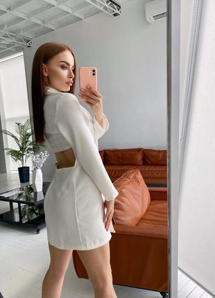 Платье пиджак с вырезом на спине