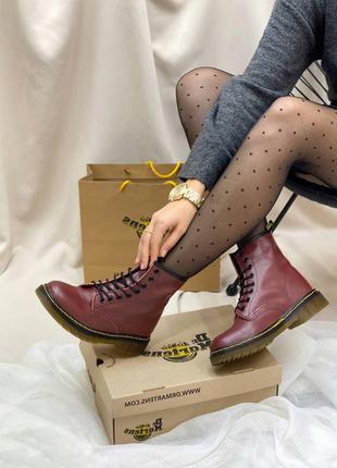 Ботинки на шнурках dr. martens
