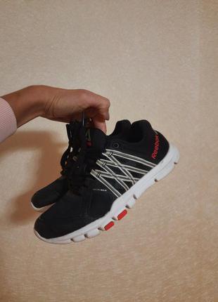 Reebok оригинал как новые кроссовки кросівки стелька с эффектом памяти memory foam