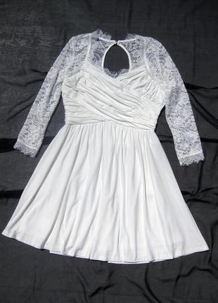 Красивое нарядное белое платье с гипюром chiara forthi италия