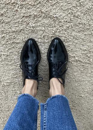 Лаковые туфли 39р.