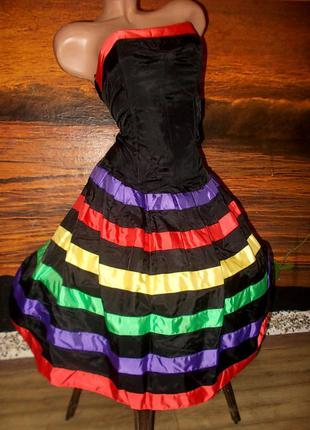 Интересное нарядное платье 36 размера