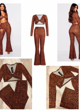 Крутой костюм летний топ и брюки клёш со змеиным принтом размер 14(л)
