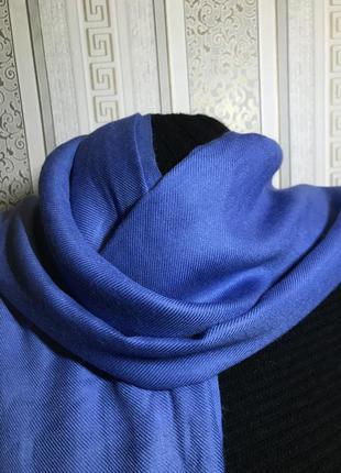 Стильный шарф из кашемира и шелка