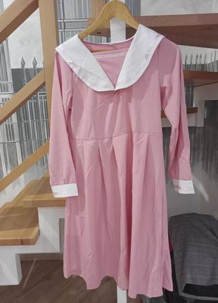 Милое розовое платье