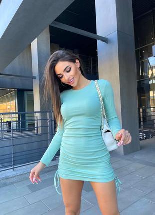 Платье с затяжками длинный рукав в рубчик