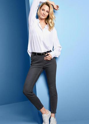 Шикарные джинсовые треггинсы высокий комфорт ношения tchibo германия