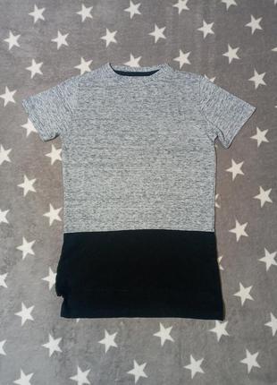 Удлинённая футболка next 6/7 лет, рост 116/122 см, длинна футболка
