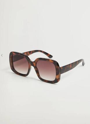 Солнцезащитные очки в квадратной оправе, манго
