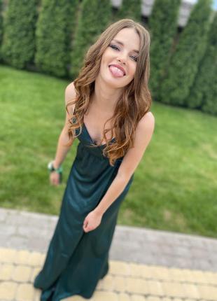 Атласное, изумрудное, длинное платье на свадьбу, выпускной..1 фото