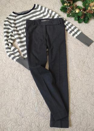Осенние брюки в полоску,в составе есть шерсть, прямые брюки, классика